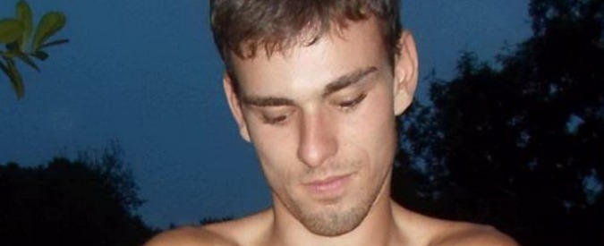 """Luca Varani, la madre di Foffo: """"Manuel onesto e sincero. Lui fuori di testa? Me ne sarei accorta"""""""