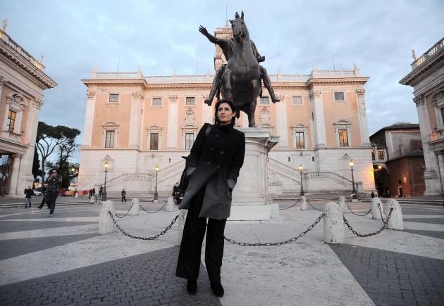 Virginia Raggi incontra Francesco Paolo Tronca in Campidoglio