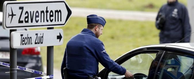 """Attentati Bruxelles, polizia aeroporto: """"50 simpatizzanti Isis lavorano a Zaventem"""". Nuovo blitz al confine Belgio-Francia"""