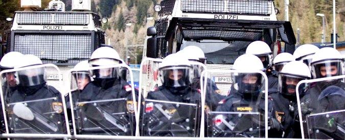 """Migranti, ultradestra svizzera: """"Nostri soldati controllino treni alla stazione di Milano"""""""