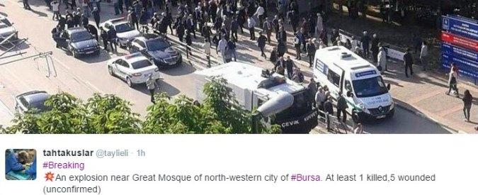Turchia, a Bursa donna kamikaze si fa esplodere vicino a moschea
