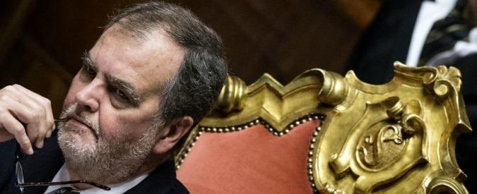 """Calderoli: """"Parlamento? Vacche, lobby e leccaculo. Poteri forti stanno con Renzi. Agli M5s dico: studiate"""""""