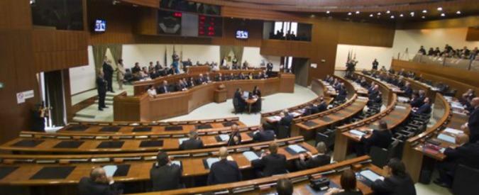 Sardegna, proclamato consigliere, ma è in carcere per droga: caos in Regione