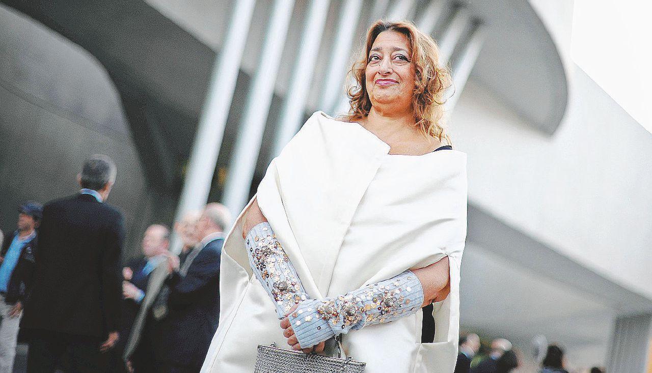 Addio a Zaha Hadid la donna che univa l'arte all'architettura