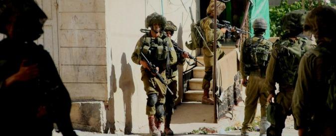 Cisgiordania, omicidio colposo per il soldato israeliano che sparò ad accoltellatore palestinese a terra ferito
