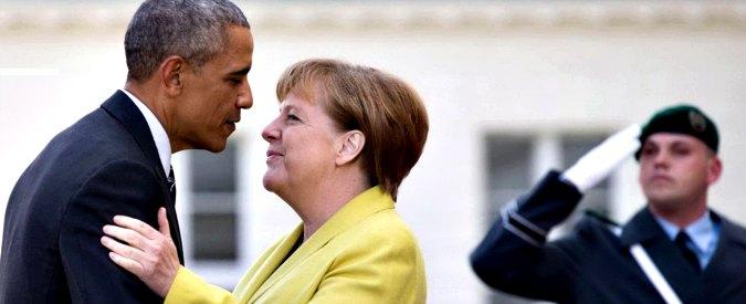"""Germania, Obama in visita: """"Bene Merkel nella gestione dei migranti, è dalla parte giusta della Storia"""""""