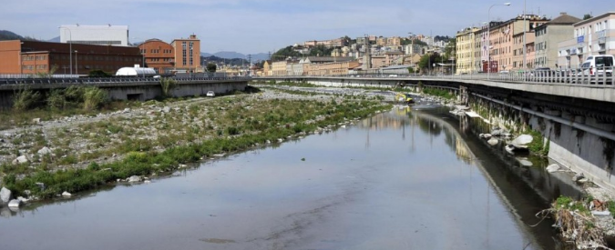 """Petrolio a Genova, il perito non ha dubbi: """"Nessuna frana all'origine. Disastro provocato da scoppio del tubo"""""""