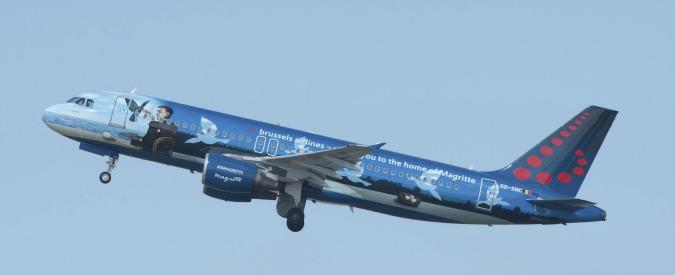 Terrorismo, il Parlamento Ue approva il Pnr: i dati dei passeggeri degli aerei resteranno in un registro per 5 anni