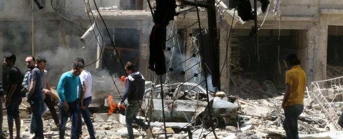 """Siria, nuovo raid aereo su un ospedale ad Aleppo. Ong: """"Uccisi 200 civili in 7 giorni"""""""