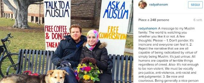 """Ask a muslim, l'artista con il velo che risponde alle domande dei passanti su Islam e terrorismo: """"Contro la paura"""""""