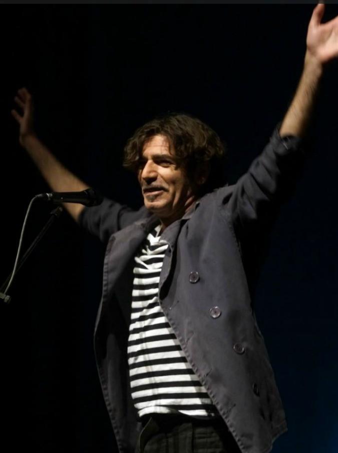 Bobo Rondelli canta Piero Ciampi: i sensi di colpa e la smaccata sincerità di due livornesi che s'incontrano sul palco