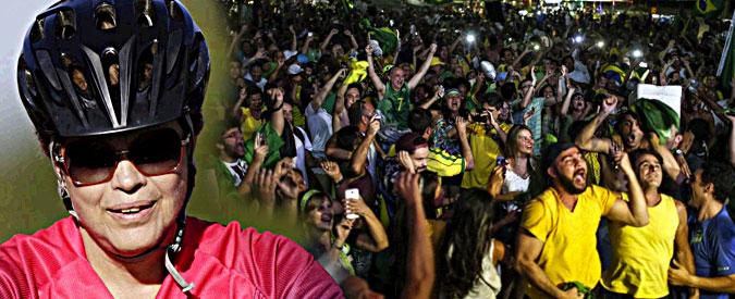 """Brasile, primo sì all'impeachment di Dilma Rousseff. Governo: """"Sconfitta per la democrazia"""". Ma è festa per le strade"""