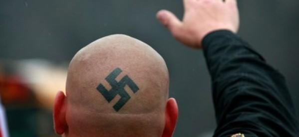 foto il razzista sul web