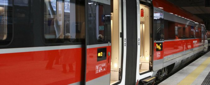 Ferrovie dello Stato, blackout alla Stazione Termini di Roma: Italia divisa in due il venerdì sera