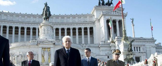 """25 aprile, Mattarella: """"E' sempre tempo di Resistenza, ovunque c'è guerra e martirio"""". Salvini lo attacca: """"Ipocrita"""""""