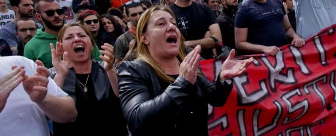 """Davide Bifolco, quattro anni a carabiniere che uccise il 17enne. Madre: """"Ti mangio il cuore"""""""