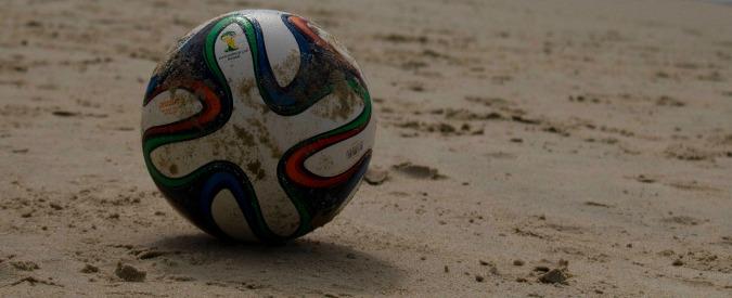 Calcio, 10mila società e 80mila tesserati in meno dal 2011: la crisi economica colpisce la base del pallone italiano
