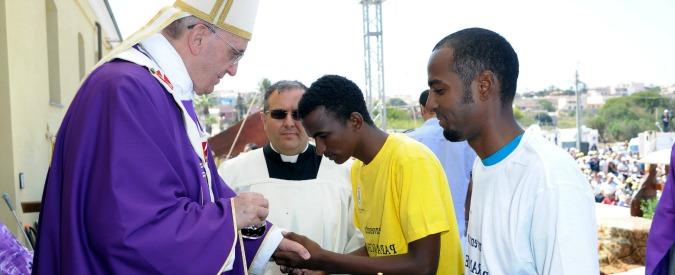 Papa Francesco a Lesbo il 15 aprile per testimoniare sua vicinanza ai migranti