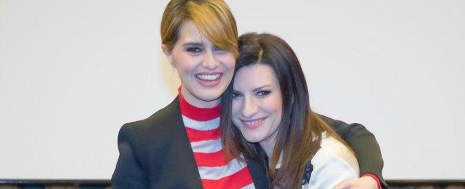 """Laura e Paola """"ruba"""" spettatori a Crozza. Ciao Darwin cede pubblico a Rai1"""