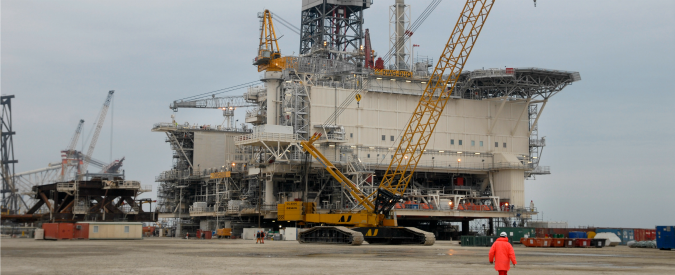 Norvegia, il dilemma di Oslo. Il primo produttore europeo di petrolio investe in rinnovabili e guadagna con il salmone