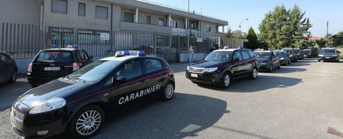 Napoli, raffiche di kalashnikov contro la stazione dei Carabinieri di Secondigliano