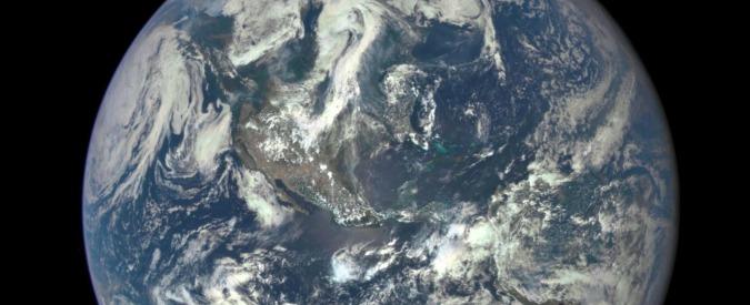 """Clima, rinviato per maltempo il lancio del satellite """"Sentinel-1B"""" per il monitoraggio del Pianeta"""