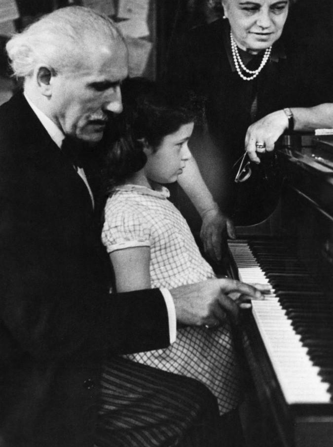 25 aprile, dallo schiaffo di Toscanini alla fuga di Stravinsky e Weill: la musica perseguitata dal fascismo