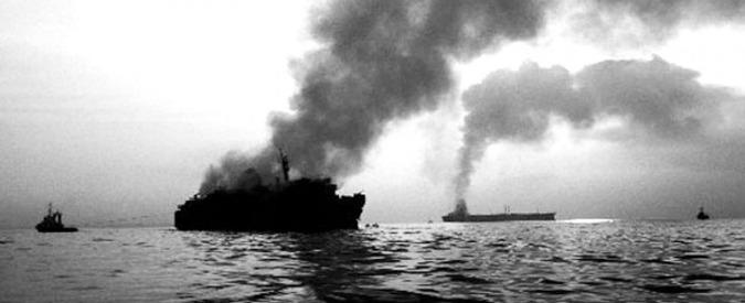 """Moby Prince, la commissione d'inchiesta: """"I timoni erano girati: il traghetto voleva evitare ostacolo prima dell'impatto"""""""