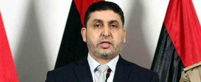 """Libia, il discorso dell'islamista Ghwell in tv: """"Via le truppe italiane da Misurata. Noi venduti ai colonizzatori"""""""