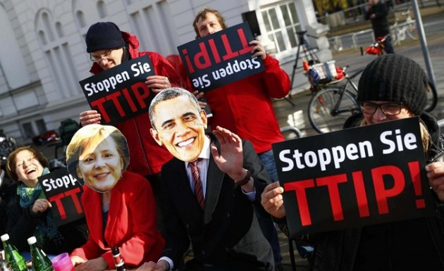 Germania, proteste per la visita di Obama ad Hanover