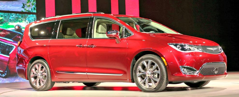 FCA e Google, c'è l'accordo per realizzare l'auto che si guida da sola