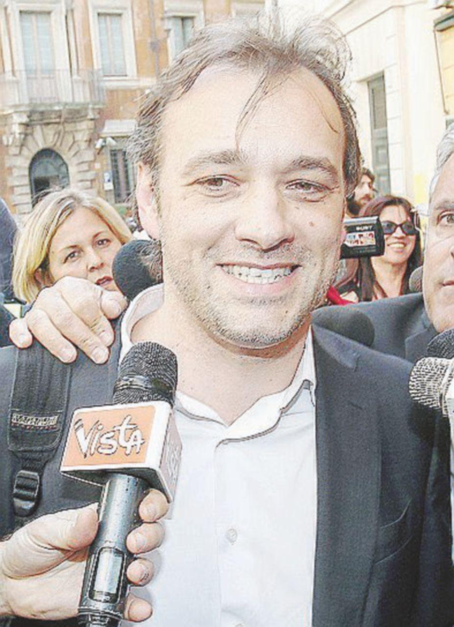 """Soldi ai partiti, alla Camera arriva la legge """"grillina"""" del renziano anti-renziano"""