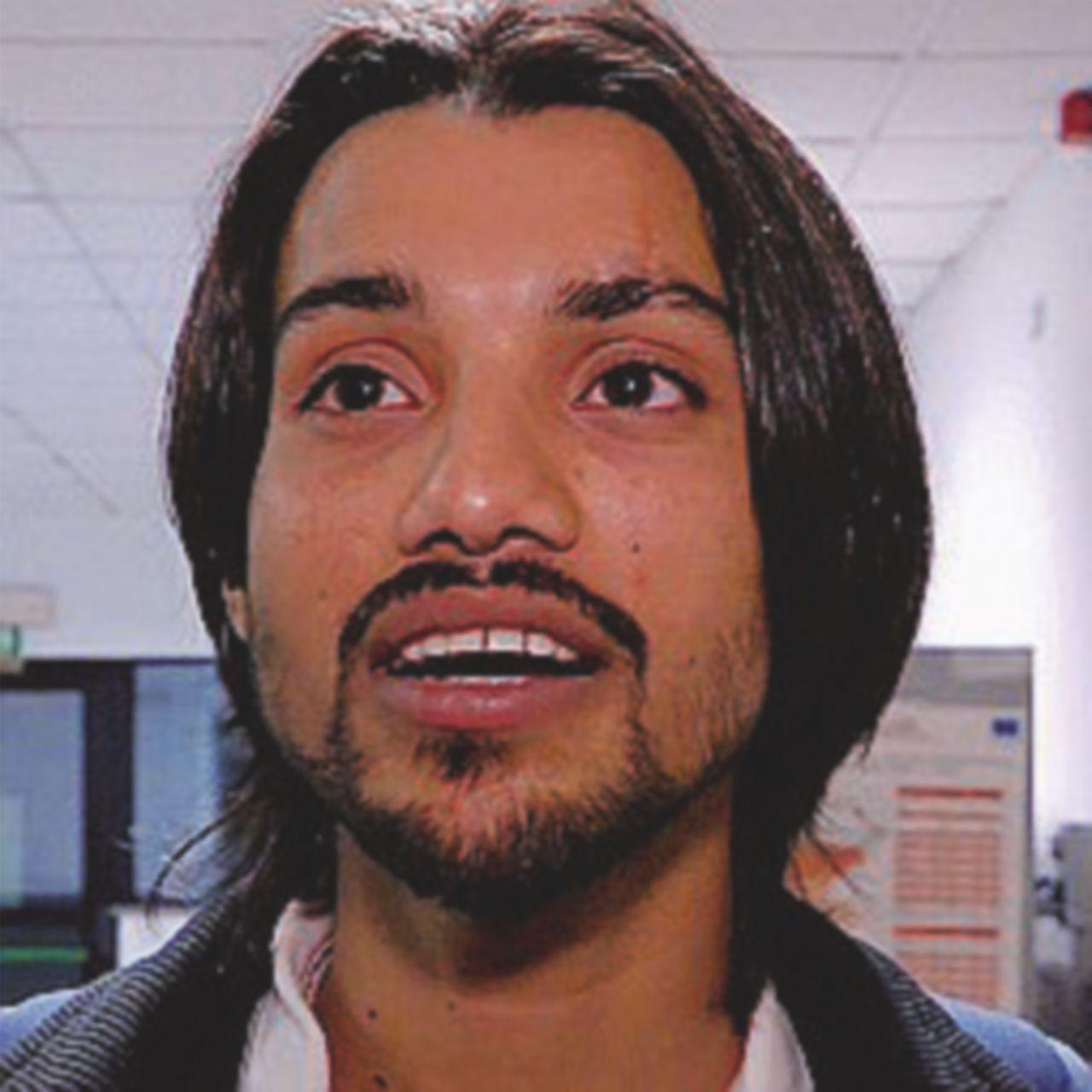 """Souef, 23 anni  """"La polizia mi ha pagato per venire qui"""""""