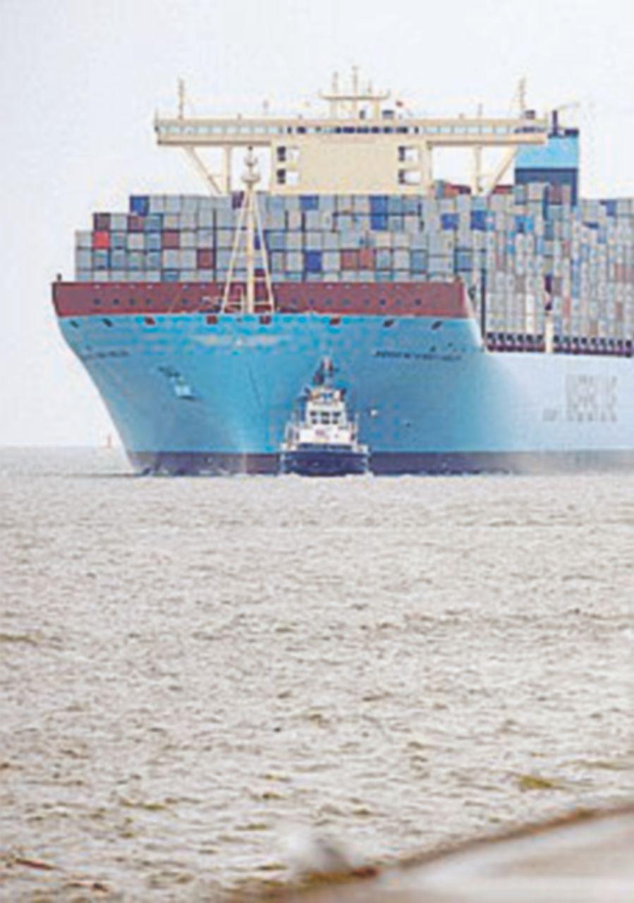 Inquinamento, armi e droga: il lato oscuro delle navi mercantili