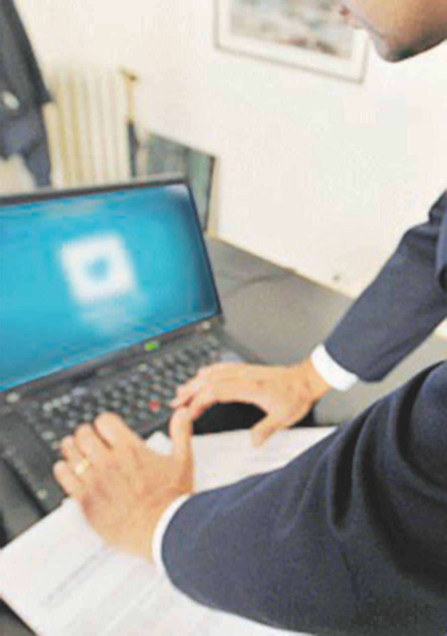 Truffe online,  dieci arresti e 49 siti sequestrati
