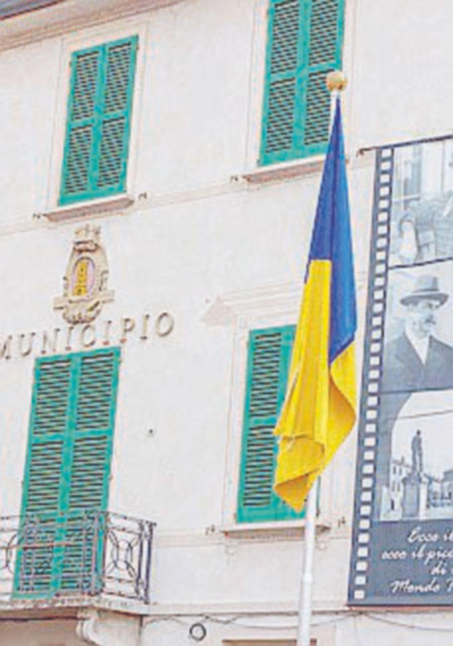 Csm, chiuso il caso Morosini. Renzi sfotte i pm di Potenza