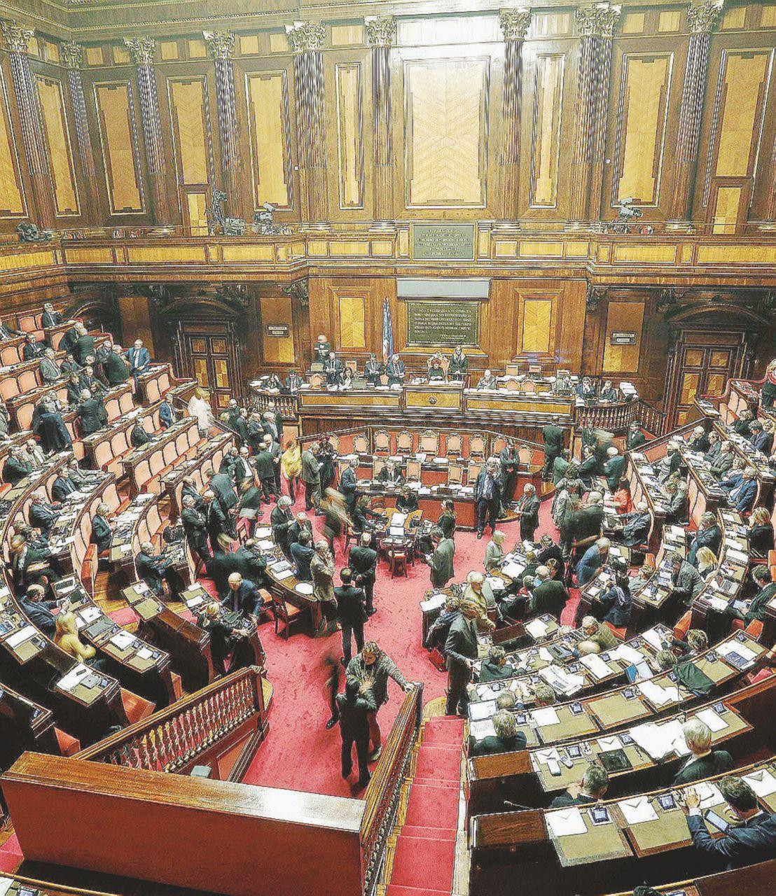 """""""La riforma Boschi è fatta per allontanare i cittadini"""""""