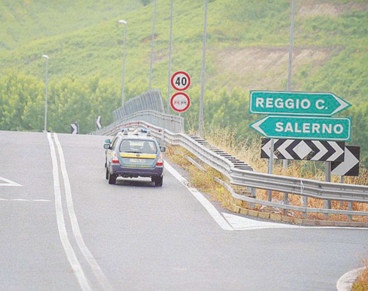 Salerno-Reggio, rischio crolli dopo lo spot di Renzi