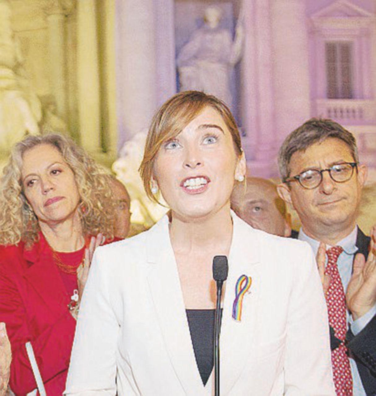 """La nomina cosmetica della """"donna"""" Boschi"""
