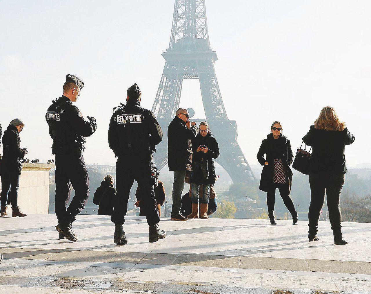Gli Europei come Fort Knox fra metal detector e cecchini