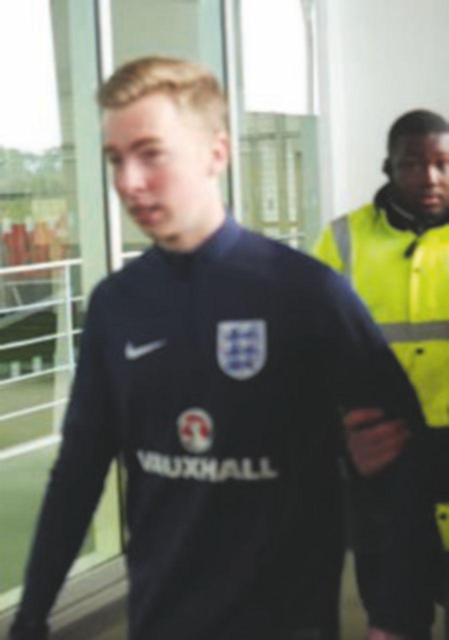 Cronista entra in campo e si allena con la Nazionale