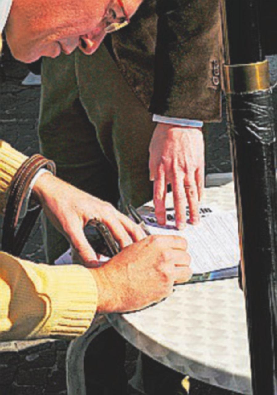 Referendum, Anpi e Arci in piazza per la raccolta firme