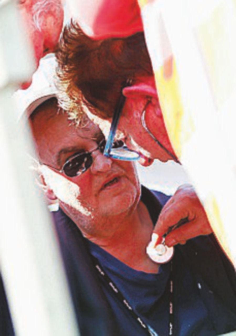 Calderoli sviene al comizio per il No al Referendum