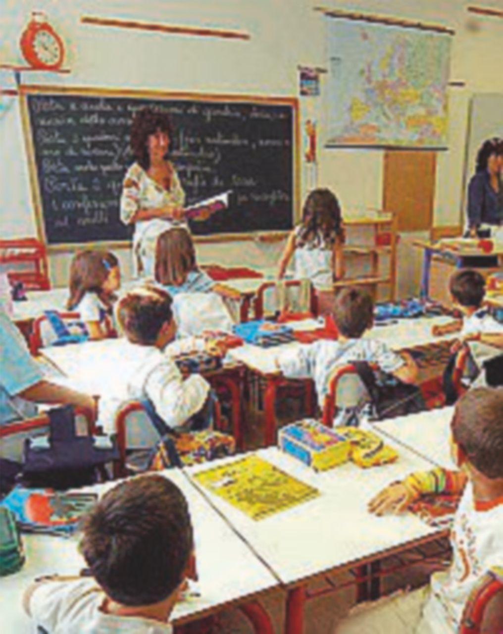 Scuola, più soldi per il concorsone e manutenzione per gli edifici