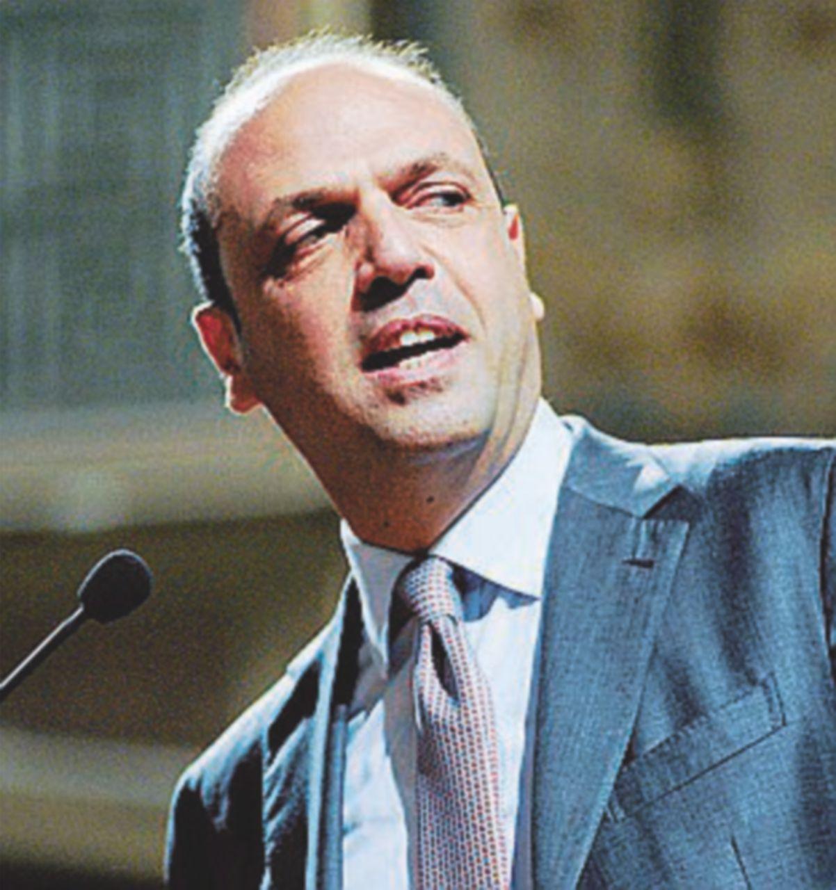 """Le proposte in campo: la """"Ferranti"""", la """"Casson"""" e quella di Alfano e Verdini"""