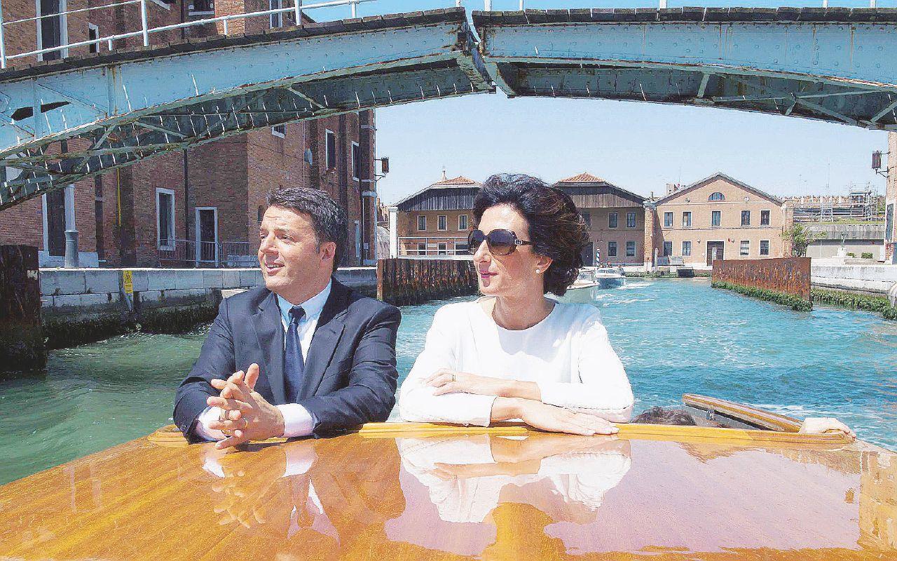 Per il Sì al referendum, Renzi spedisce le bugie per posta