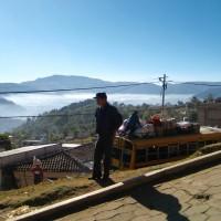 Esterno guatemalteco, con un bus stracarico