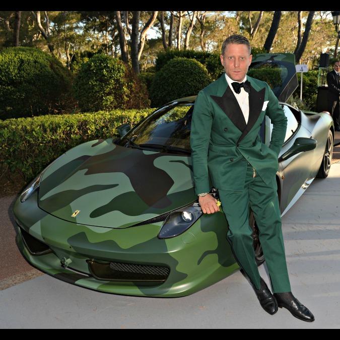 Ferrari, la 458 di Lapo Elkann venduta a un milione di euro per beneficienza