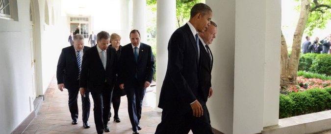"""Obama contro la Russia: """"Atteggiamento militare aggressivo di Mosca sul Baltico"""""""