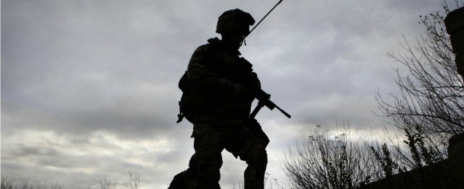 Afghanistan, Uk rifiuta l'asilo a interprete che aiutò i suoi militari: e lui si suicida